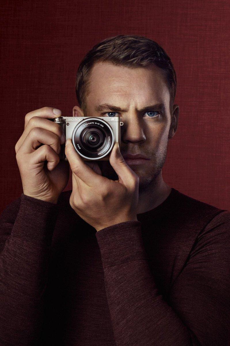 Zwischen den Reha-Sessions gerade das Motiv der neuen Sony Kampagne bekommen mit der α6000 Kamera. Sieht doch professionell aus, oder?