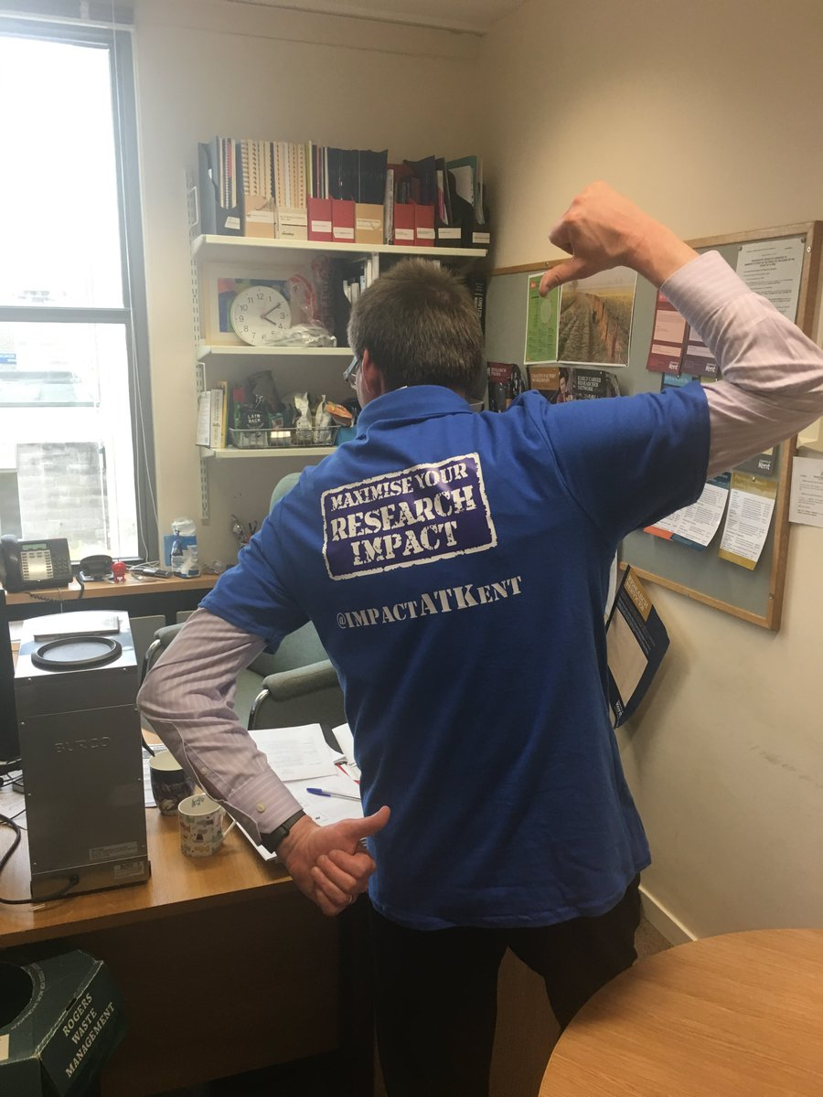 Strike a pose!! @SimonRKerridge modelling our event t-shirts. Only two days to go and we are excited.  https://www. eventbrite.co.uk/e/maximise-you r-research-impact-tickets-33929908269 &nbsp; …  #ImpactATKent <br>http://pic.twitter.com/9kRuGV85qN