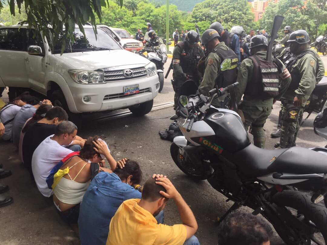 Number of detainees as police dispersed protest in El Trigal, Valencia. They were transferred to the DESUR