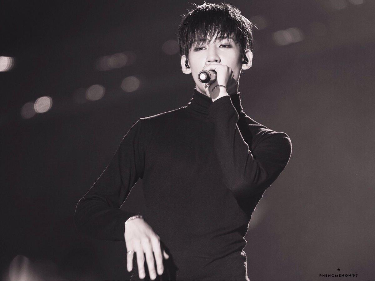 - HQ - 160730 FLY IN 홍콩 콘서트  @BamBam1A  #GOT7 #갓세븐 #BamBam #뱀뱀 ⚫️⚪️⚫️⚪️