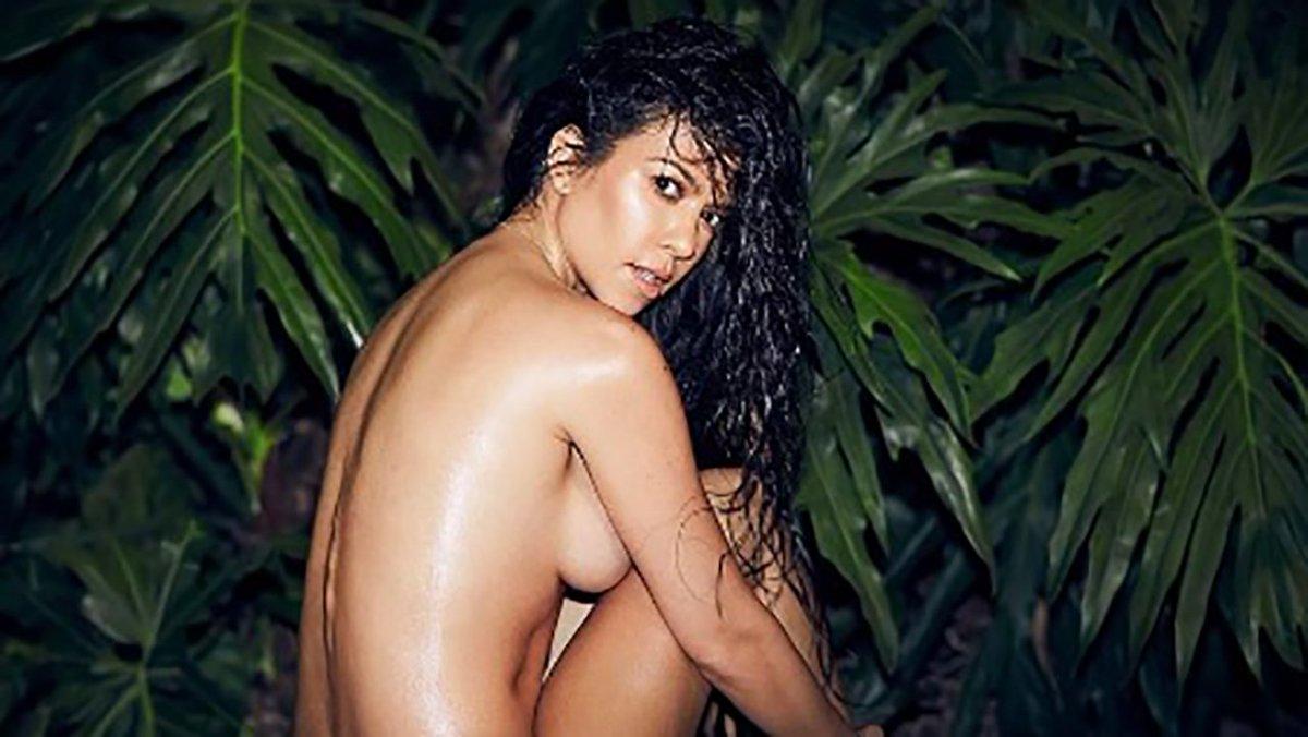 Pretty thick white girl nude