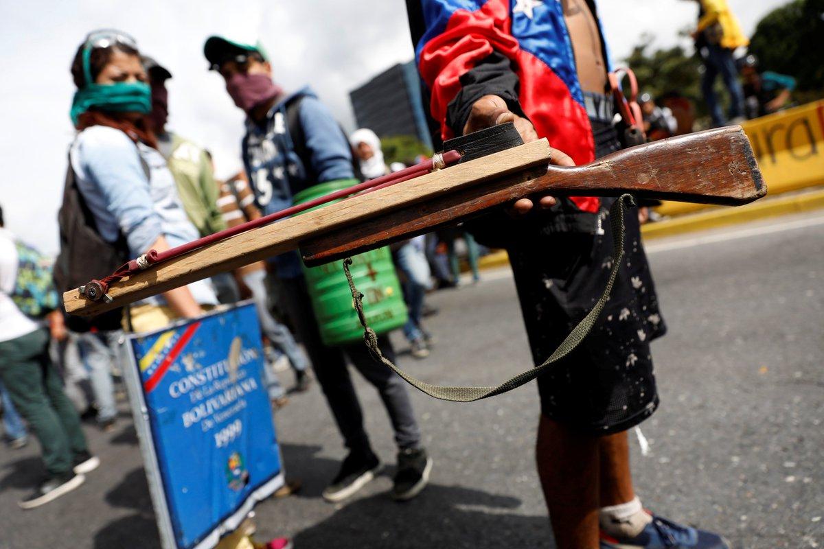Tag venezuela en El Foro Militar de Venezuela  - Página 7 C_5tZizXoAAux4q