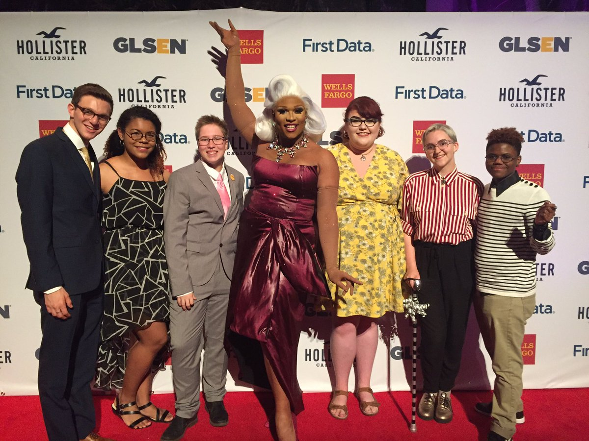 Student leaders and @Peppermint247 on the red carpet at the #RespectAw...