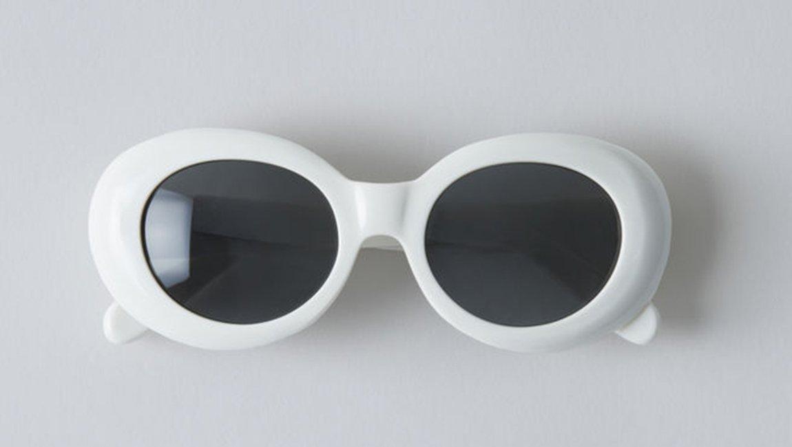 a9658810e5 De las 'aviador' a las tipo 'kurt cobain': las gafas de sol que querrás  llevar este verano - scoopnest.com
