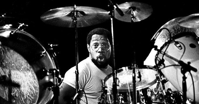 Happy Birthday Billy Cobham!!  Hoy cumple 73 años el baterista Billy Cobham (Miles Davis, Mahavishnu Orchestra)