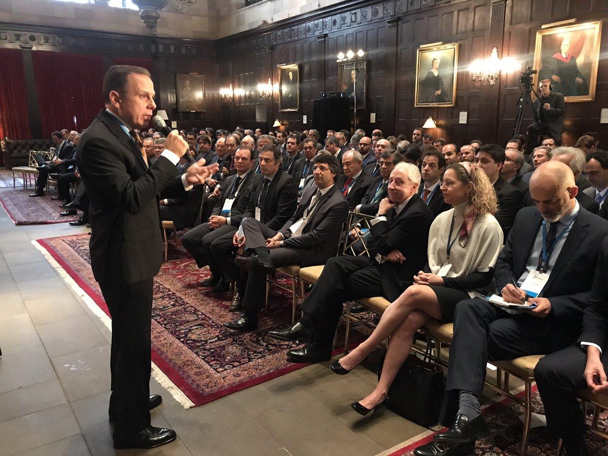 Começando agora palestra no VII World Economy do BTG Pactual para 250 investidores aqui em NY. #SPcidadedoMundo