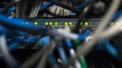 #News #Iran Seoul cyber experts warn of more #attacks as North blamed  http:// dlvr.it/P8qYjZ  &nbsp;  <br>http://pic.twitter.com/4f36Xv9A13