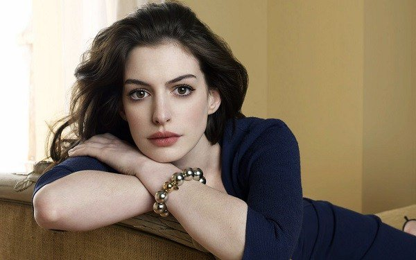 Anne Hathaway reveals her biggets movieregret https://t.co/SgAcwpwvOL