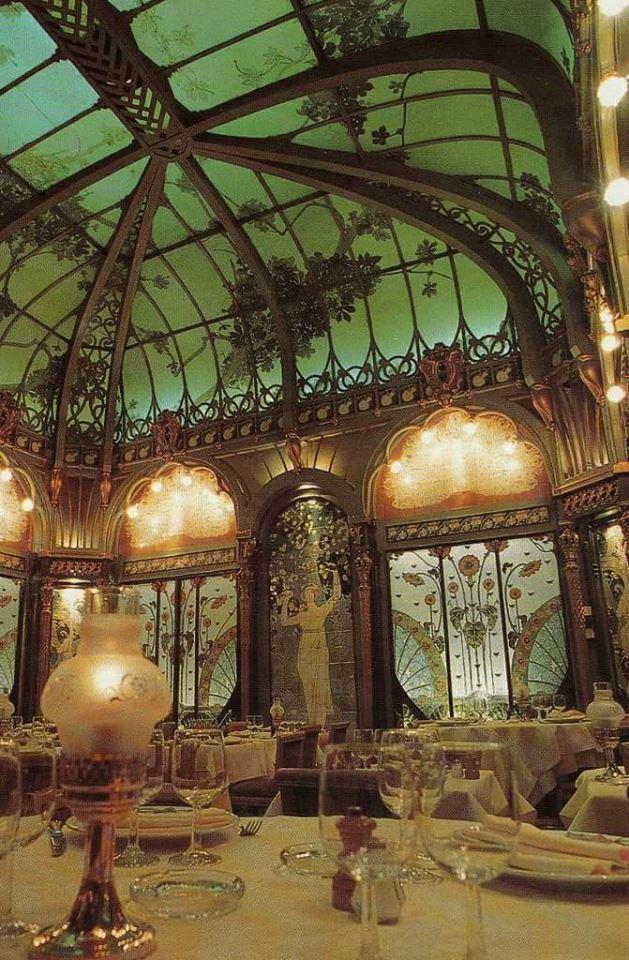 #ArtNouveau Awesome of the Day: 'La Fermette Marbeuf' #Restaurant in #Paris #France via @Steampunk_T #SamaDesign
