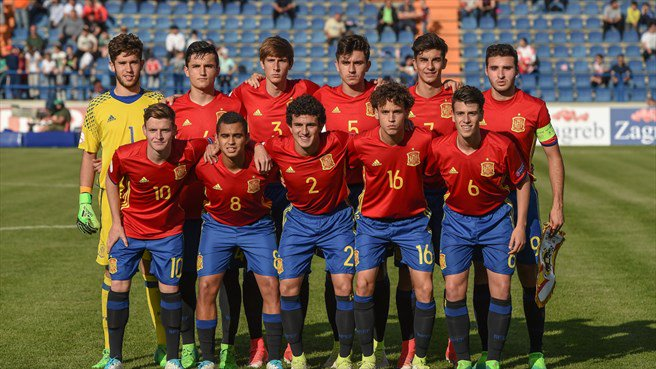 Spain vs. Germany | #EUROU17 Semi-Final | Kick-off: 20:30 CET  England await the winners in Friday&#39;s final.   <br>http://pic.twitter.com/8nDwnYQ3Sg
