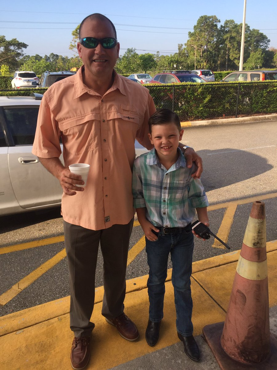 pierce hammock el  on twitter     phescareerweek   second grade principal for the day   this one is keeping mr  alejo on his toes   pbcsd  galatop1 u2026   pierce hammock el  on twitter     phescareerweek   second grade      rh   twitter