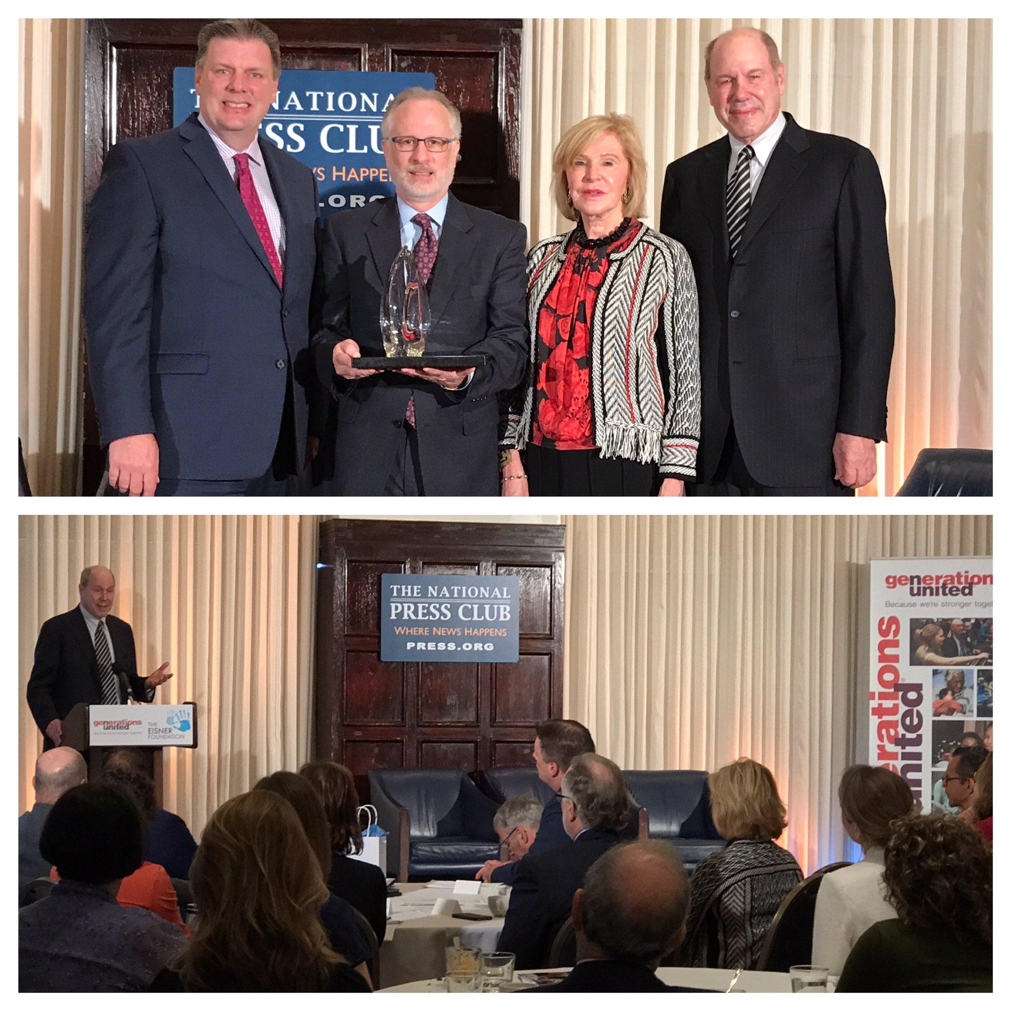 Honored to be in Washington DC to award the #EisnerPrize to @DOROTUSA ! #UnitedWeThrive @EisnerFound @GensUnited https://t.co/kcM3rGfVEa