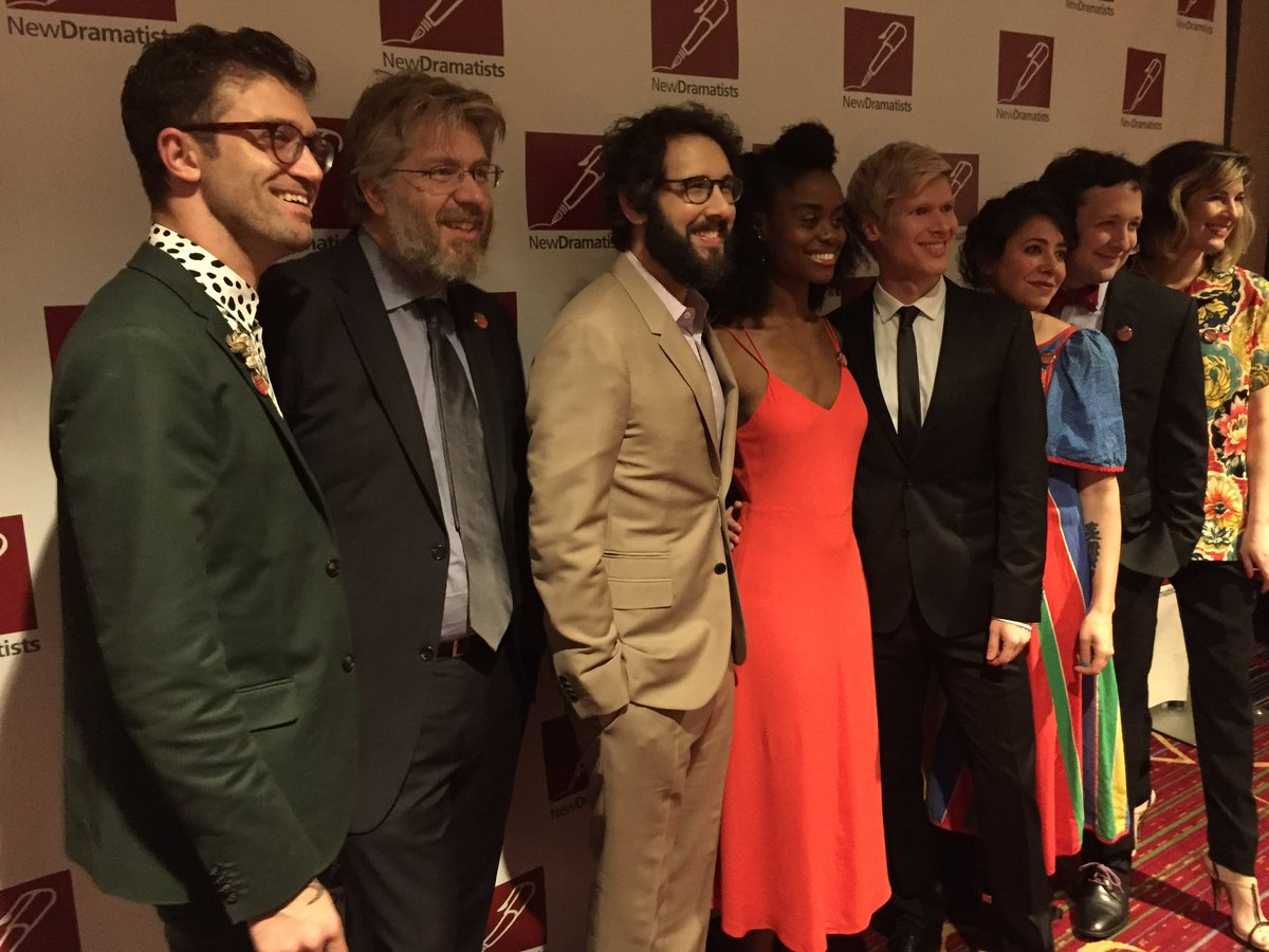 .@GreatCometBway love at #NewDramatists68! ☄️ #followthecomet https://t.co/Vf68b4slxk