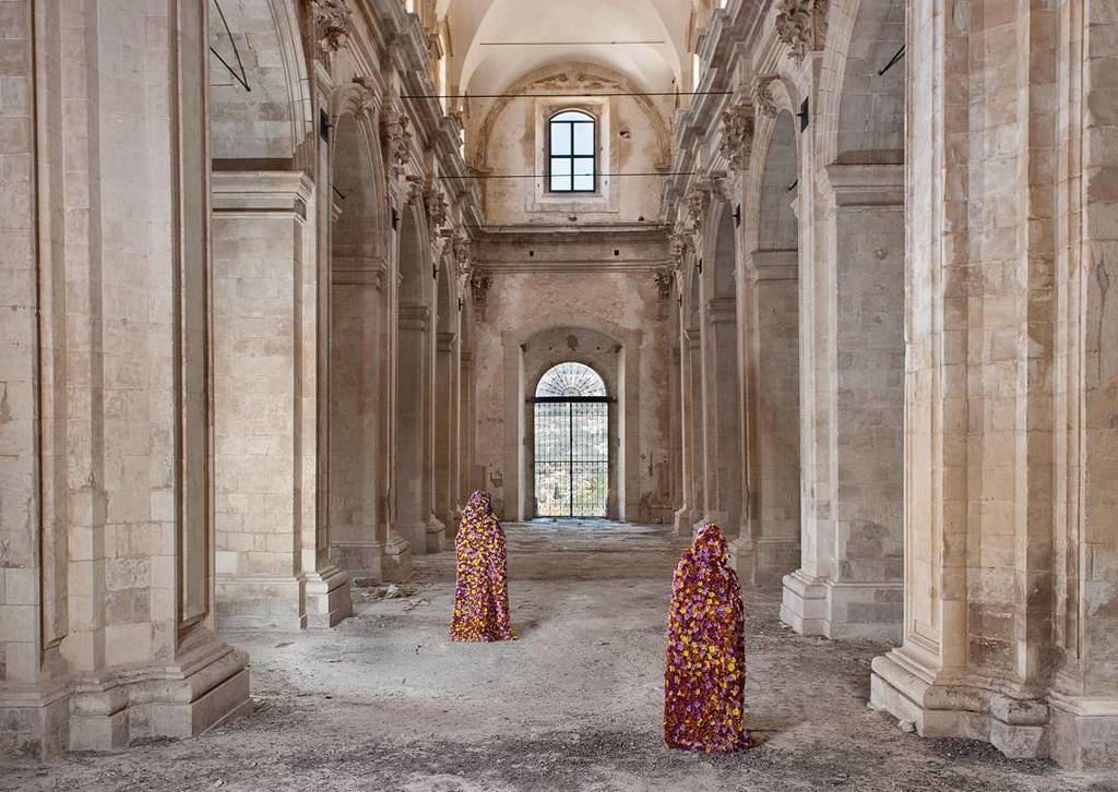 Saturday 20 May #vernissage and #performance of #laterradeifiori at #reggiadicaserta #vincigalesi https://t.co/6nhcD1COEQ