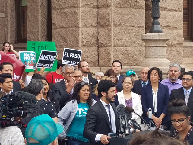Texas local leaders to announce support for legal challenges to senate bill 4. #SB4 #SB4ishate cc @GregCasar @DGarzaforD2 @PhillipKingston https://t.co/iUdCV33M2f