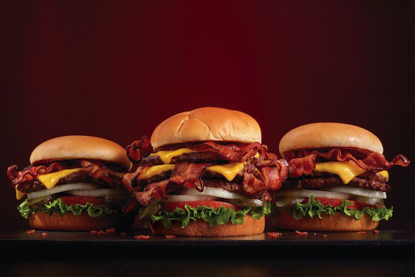 Steak 'n Shake debuts Bacon 'n Cheese Triple XtremeSteakburger https://t.co/9VrMoYHvw4 https://t.co/GhgxsuJilu