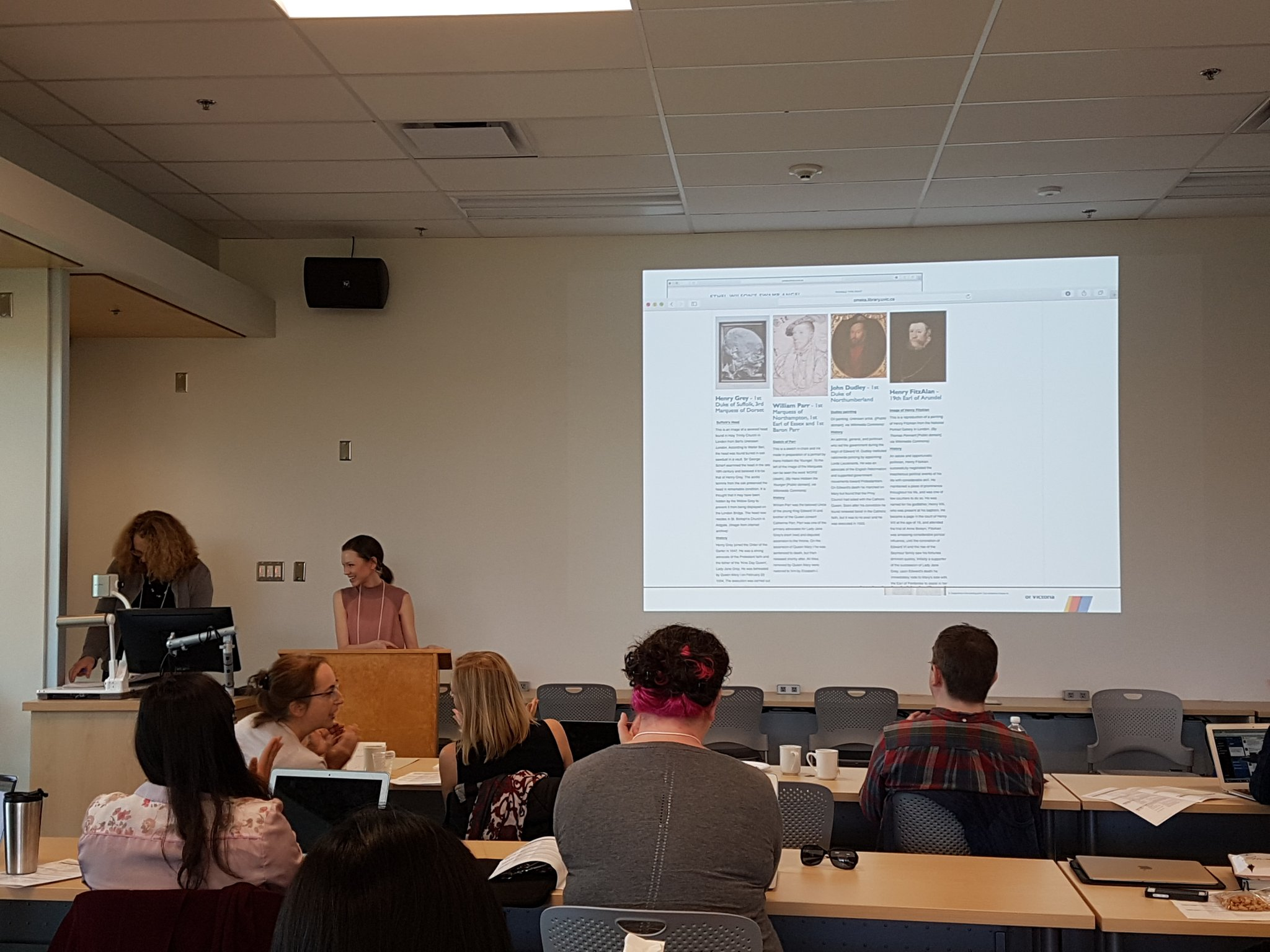 @UVicEnglGrad & nathalie boldt discuss the use of @zotero in collections-based library research @UVicSC @UVicEnglish @UVicLib #digsym17 https://t.co/kpjCiPH8wN