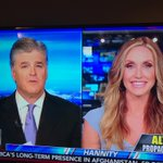 Love watching my amazing wife @LaraLeaTrump on @SeanHannity! @FoxNews #MakeAmericaGreatAgain 🇺🇸🇺🇸