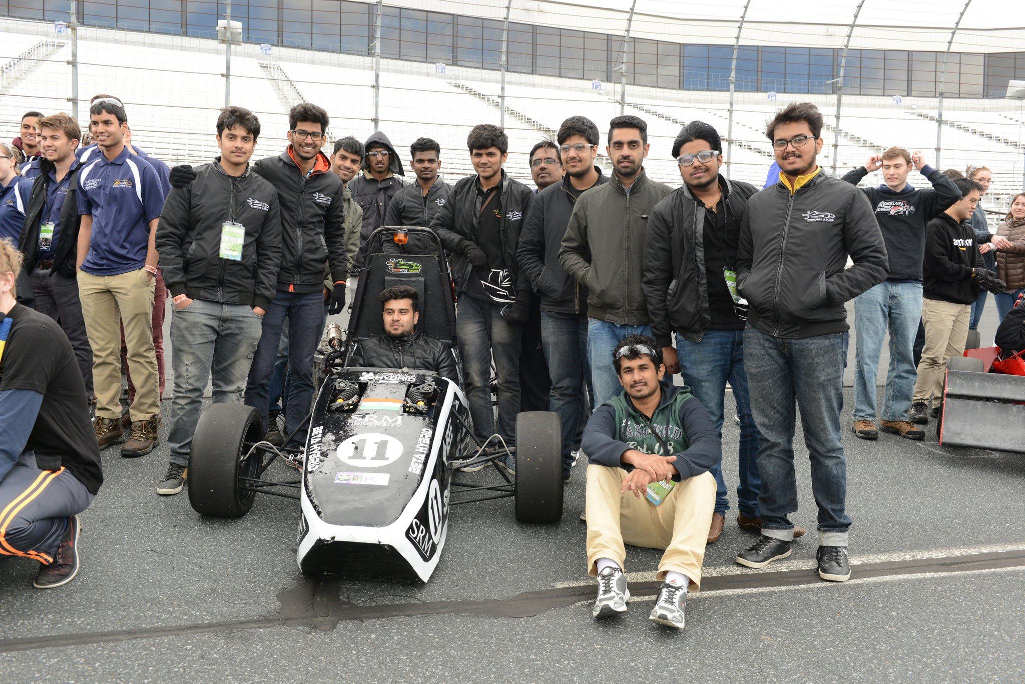 Congrats to SRM University @Hybrutos_Racing @SRM_Univ for taking 3rd place in hybrid at #formulahybrid17! @the_hindu @timesofindia https://t.co/RpdFCb7mwo