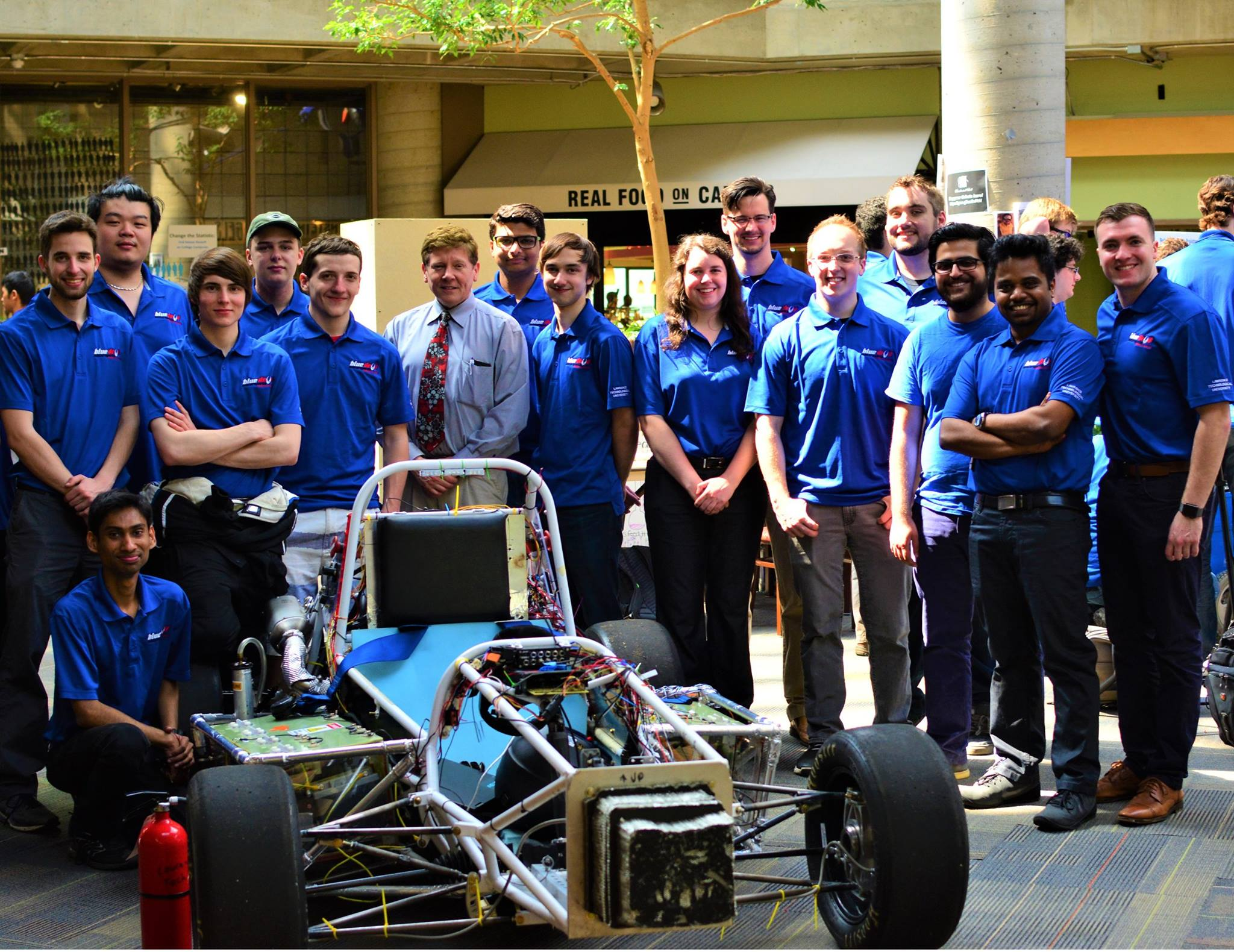 Congrats to Lawrence Technological University @LawrenceTechU for taking 6th in hybrid at #FormulaHybrid17! https://t.co/r84B5vt2JK