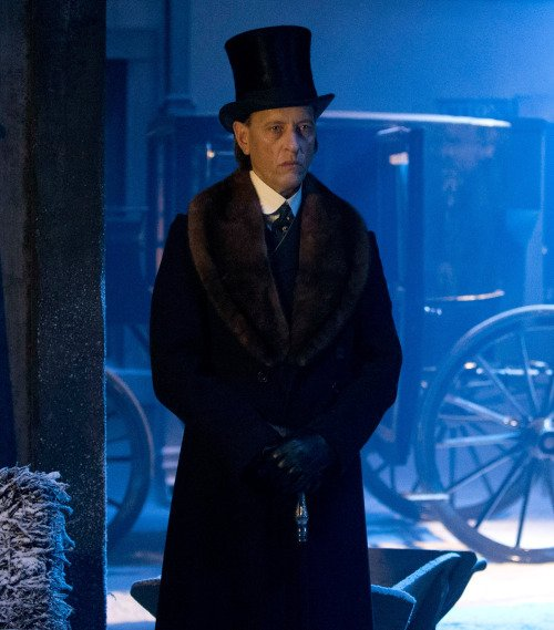 Happy birthday to Richard E Grant, who played Dr Simeon !