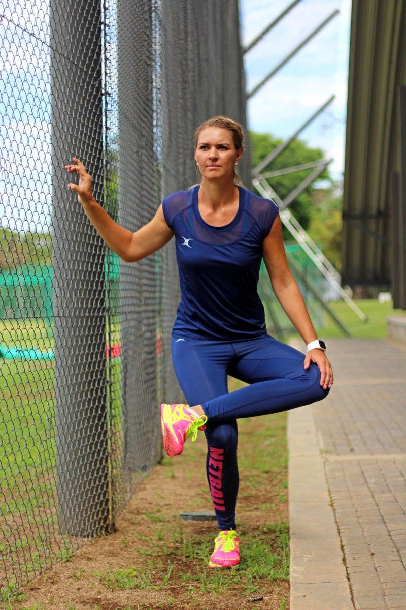 40f3e0663770d Add a pair to your training wear http://gilbert-netball .com/eng/collection/clothing/endorsee/vixen-netball-print-leggings  …pic.twitter.com/ozcAPKmBum