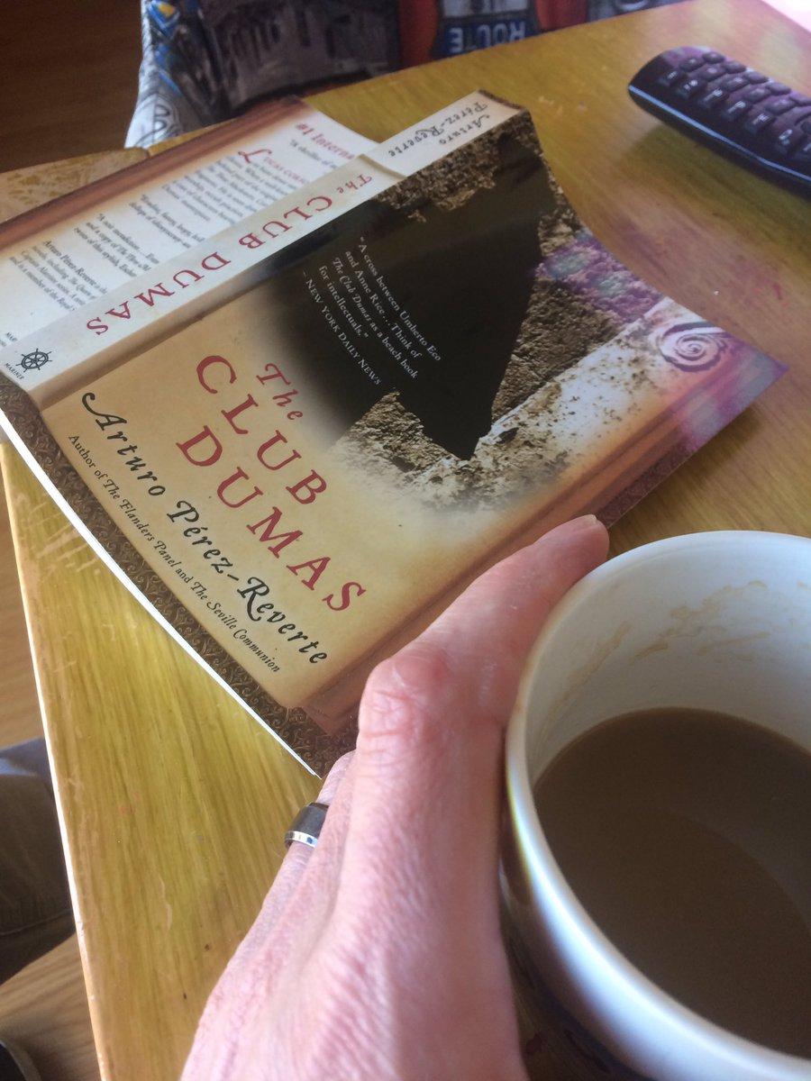 Time for a reading break! #books #theclubdumas #occult https://t.co/wsMSBdJLfS