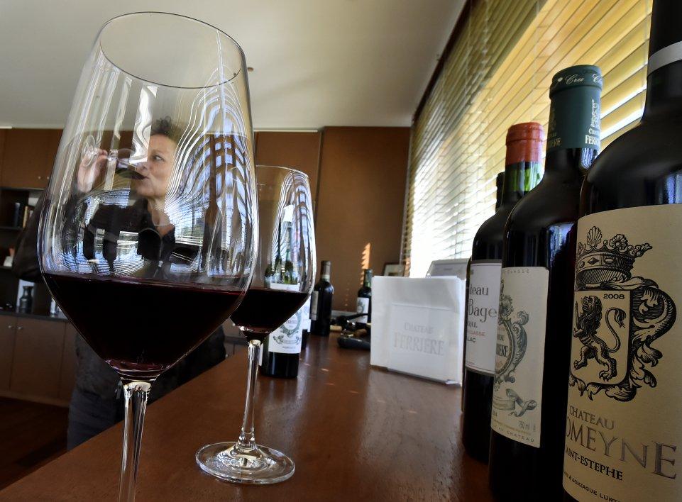 dix verres d 39 alcool par semaine la nouvelle limite fix e par les experts. Black Bedroom Furniture Sets. Home Design Ideas