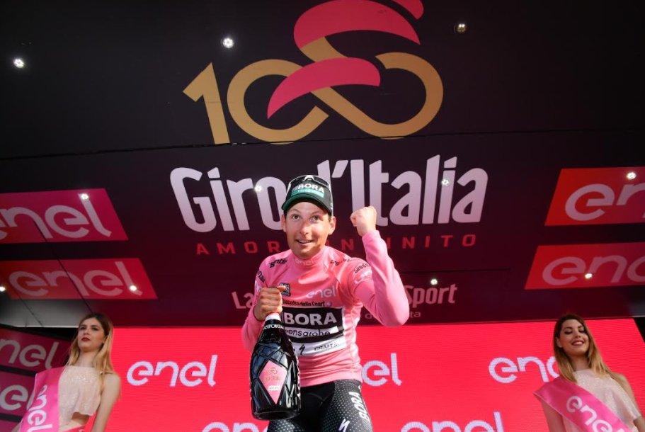 Lukas Poestlberger prima maglia rosa del Giro 100