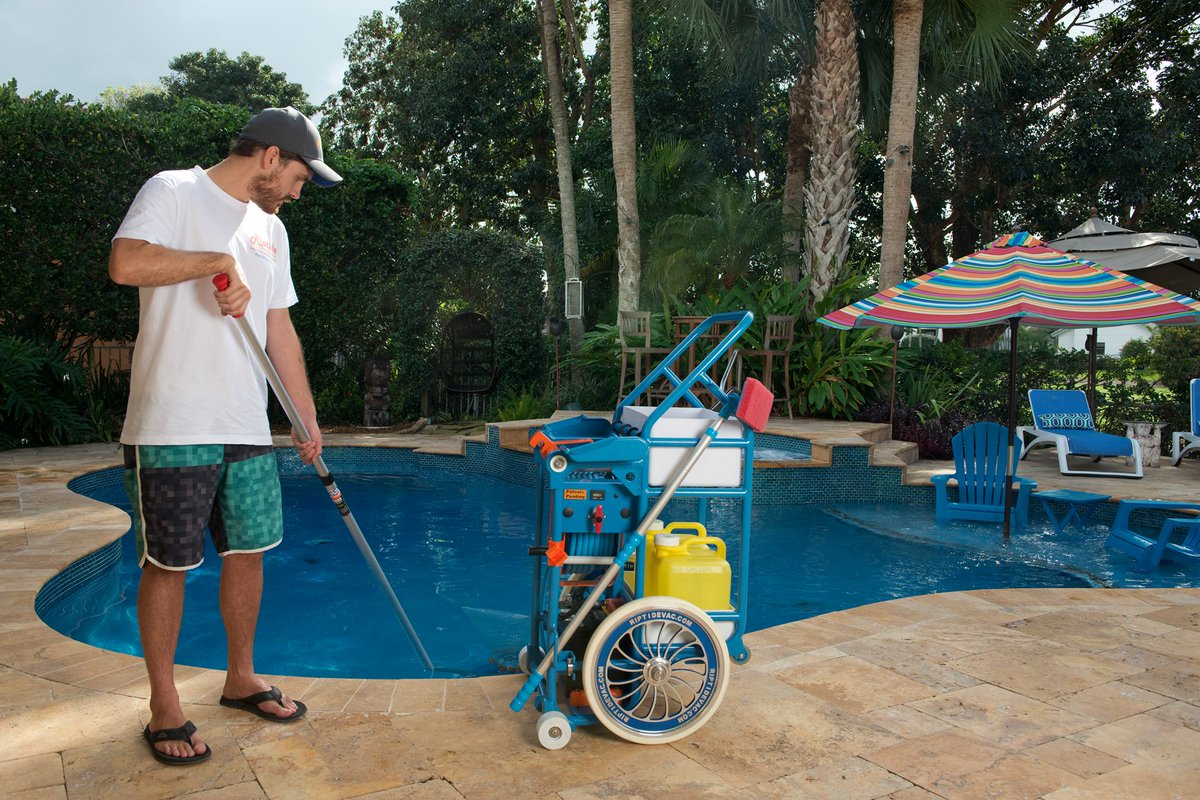 Charmant The Riptide Pool Vacuum Is A 12 Volt Portable Pool Vacuum Designed For Pool  Service Professionals. Check Us Out @ Http://Riptidevac.com  Pic.twitter.com/ ...