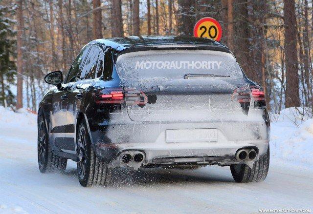 Richiamo Porsche nuove Macan per rischio incendio