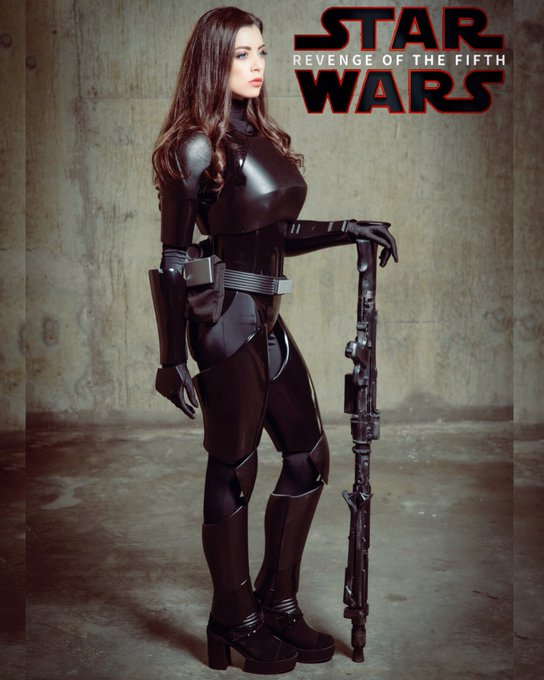 🖤Happy #revengeofthefifth #fiends 🖤 #vamp #fiend #vamptress #leeannavamp #starwars #starwarsgirls #RevengeOfThe5th