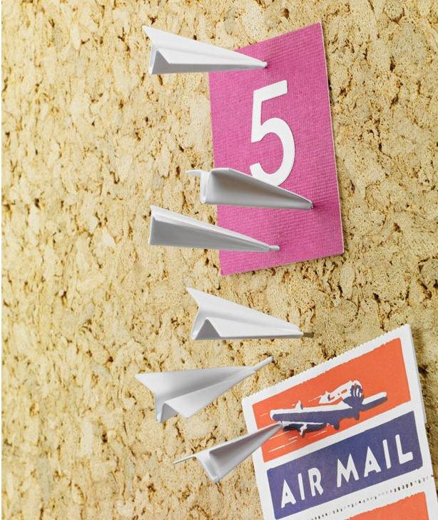 Paper airplane push pins.  http:// bit.ly/2p00Fpa  &nbsp;   #pins #paperairplane #cool #weird  #pushpins <br>http://pic.twitter.com/y0FtTwhfXa
