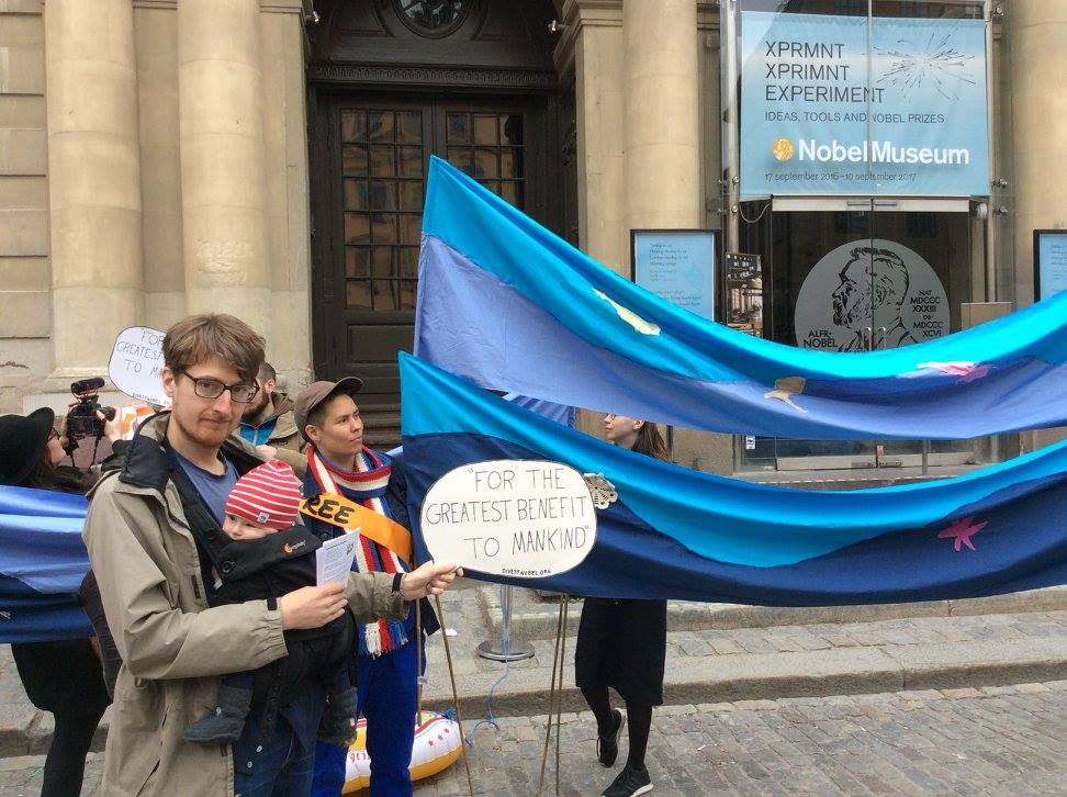 We say yes to Nobel prizes - We say no to climate crisis! Supporters outside the Nobel Museum today #fossilfree https://t.co/3OqpXr3xdq https://t.co/01lpttcaMA