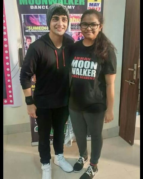 @Beatking_Sumedh with fan #luckypeople# <br>http://pic.twitter.com/o7twhKhU5t