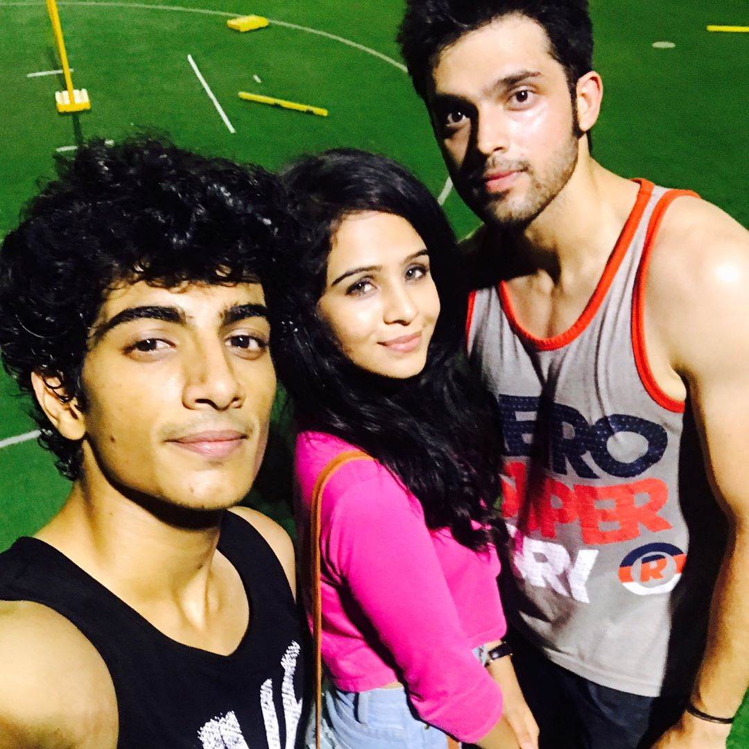 2017 05 parth samthaan family - Night Cricket Cricket Brojaan Friends Parthsamthaan Laghateparth Palash_muchhal Fenil_umrigar Pc 1 2 Palash Muchhal