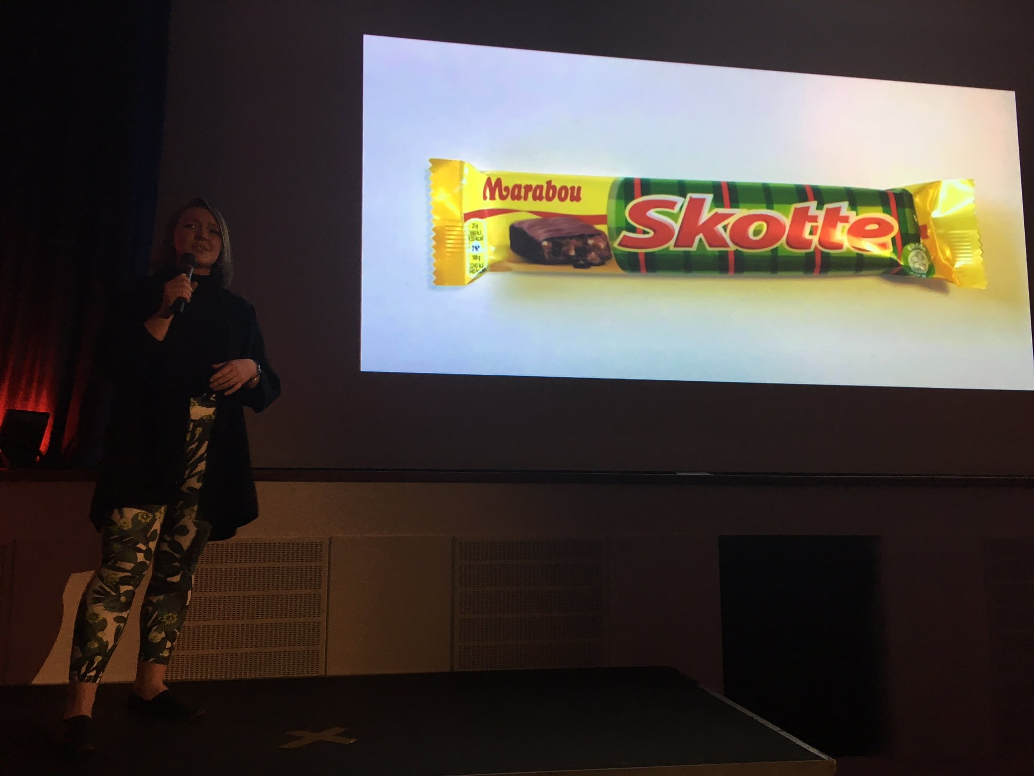 Caitlin Goodale – User Experience Designer from King @caiitlinz talking moving to a new place and games being the common language! #gamesPK https://t.co/QRKRWiQlPL