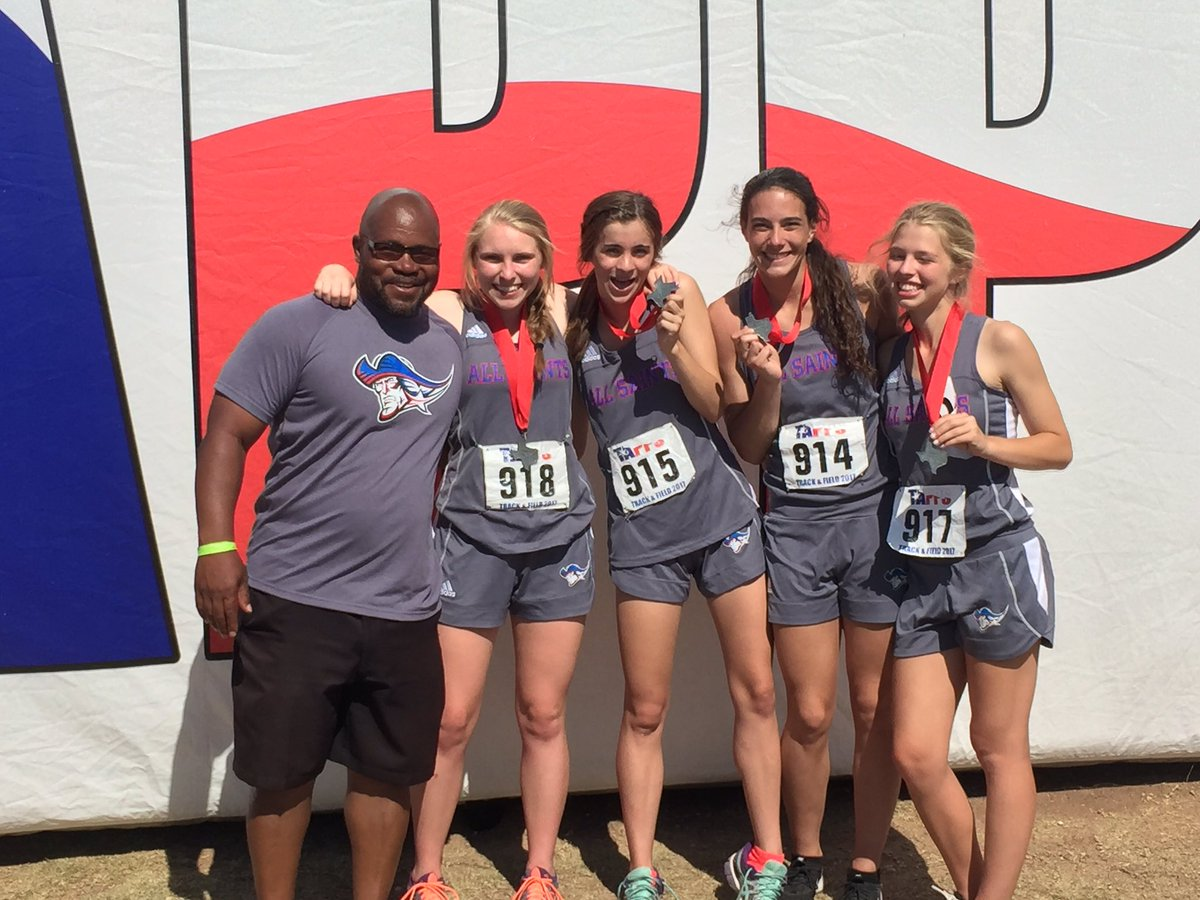 All Saints HS girls 2nd in the 4X400 relay at the TAPPS State Track Meet. @LoneStarVarsity @pchristy11 @AllSaintsPride