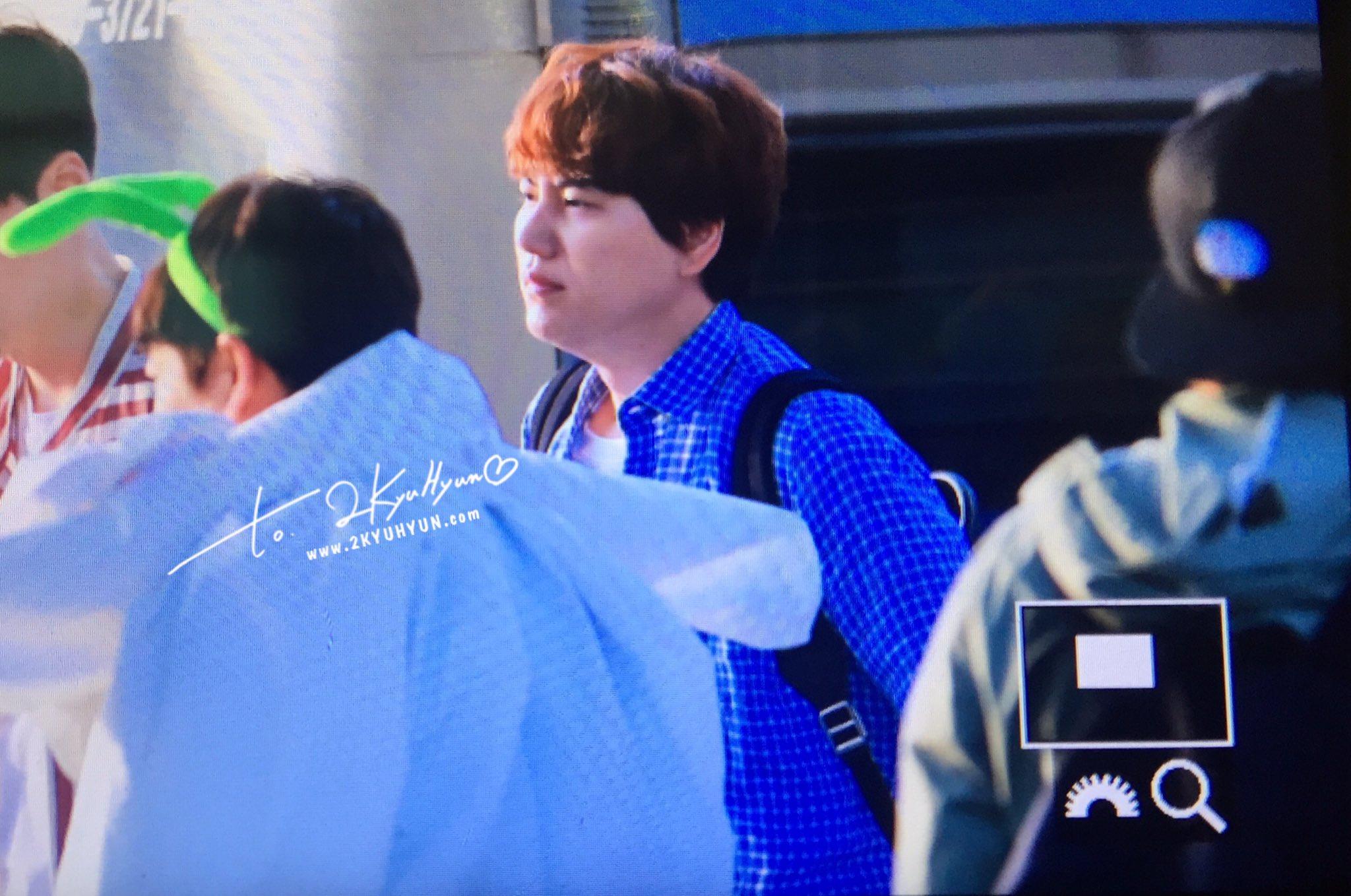 170507 신서유기 인천공항 출국 :) #Kyuhyun at ICN Airport ❤ (1) cr. @2kyuhyun https://t.co/BAFWlpNSv8