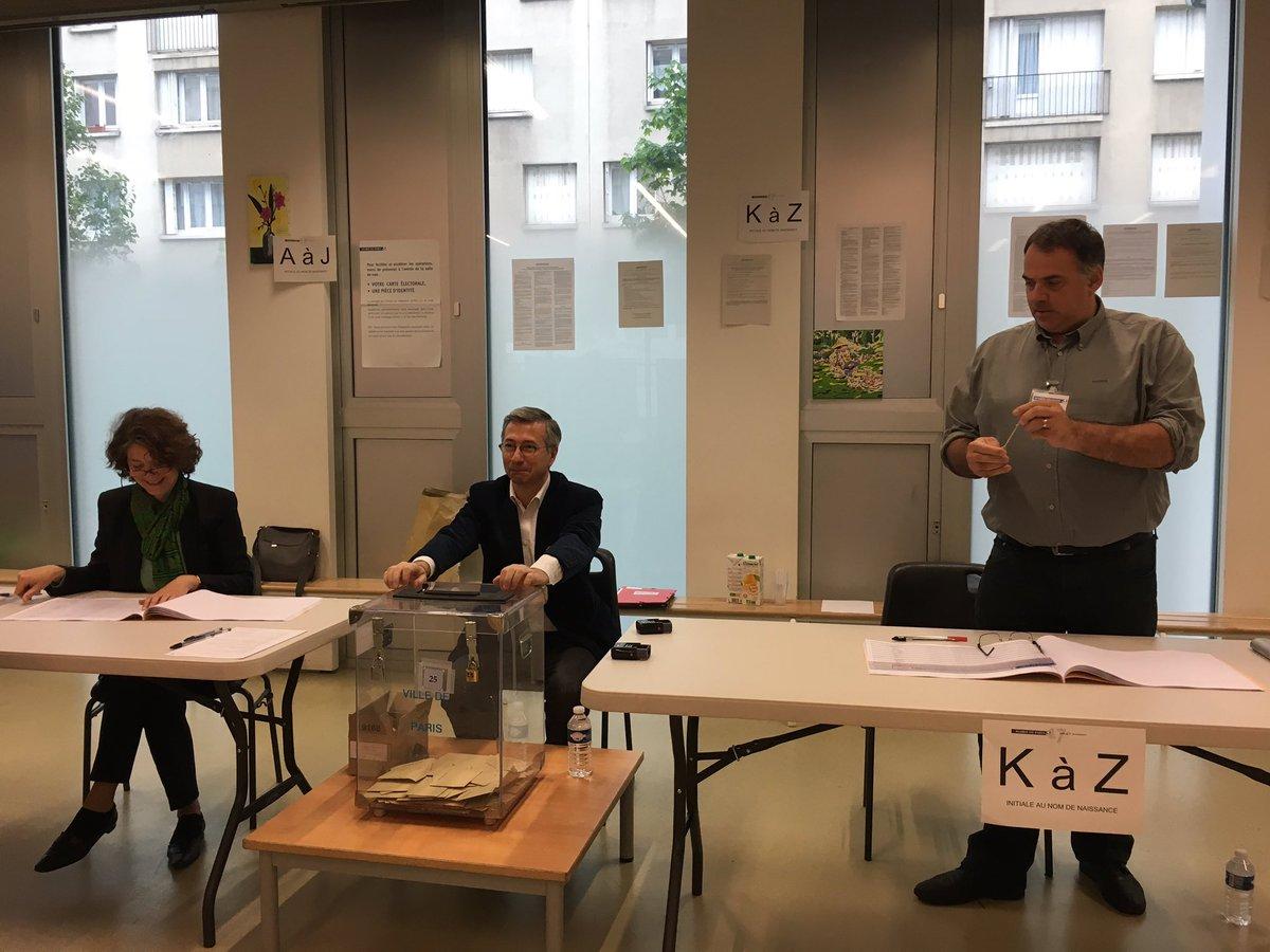 Last tweets about table de campagne -  Presidentielles2017 Jeromedubus Conseiller De Paris Pr Sident Bureau De Vote 32ruegilbertcesbronpic Twitter Com Ewjkbvsfwf
