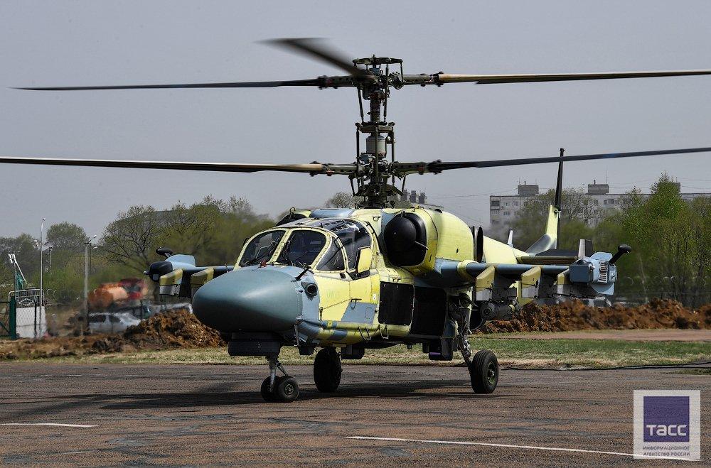 """مصر تستعد لإستلام ـ46 مروحية """"التمساح"""" لتكون أول دولة في العالم تحصل علي طراز'' كا-52'' من روسيا - صفحة 2 C_OSVOjXcAAHf1j"""