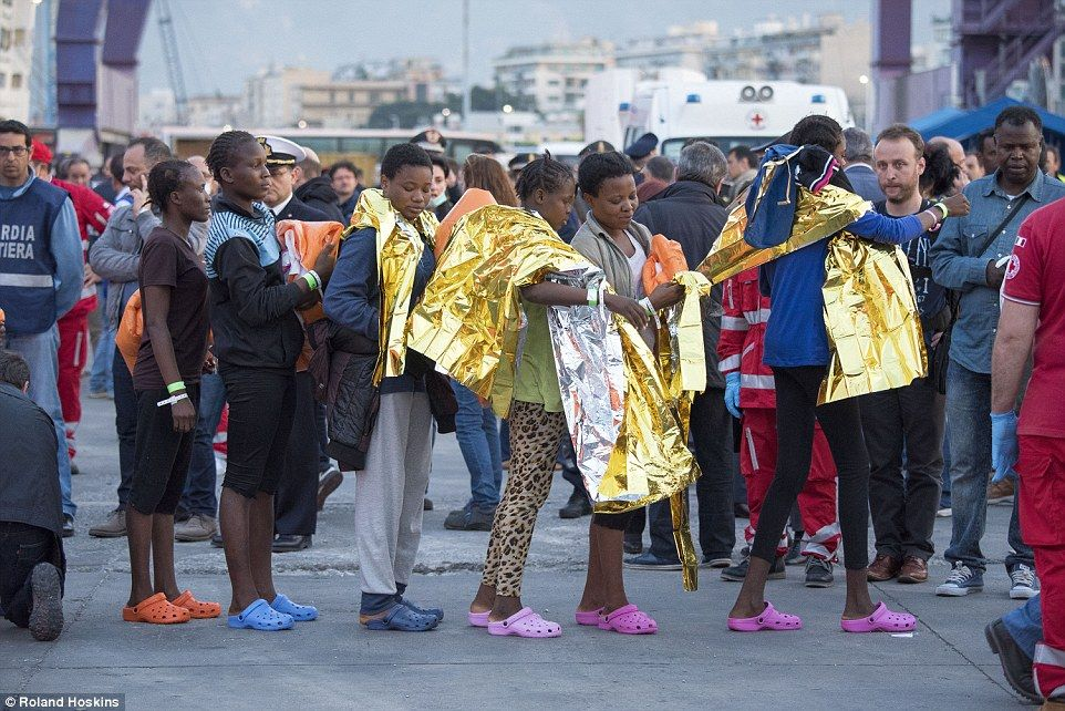 AFRICAN MIGRANTS DESTINED FOR THE BROTHELS OF ITALY  #ARSMUN #macronleaks #psgscb Le Pen #tfcsmc #brexit Messi President Trump fakenews <br>http://pic.twitter.com/A2hlQ9rBzg