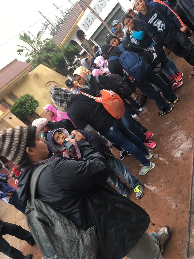 Dozens of Central Americans about to request asylum, en masse, at US border from Tijuana https://t.co/3FGKjQ8Qyi