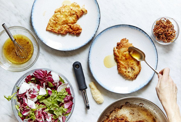 Want to mix up your #chicken #recipe routine? Here are 16 ideas:  http://ow.ly/6Rdu30bkxbT