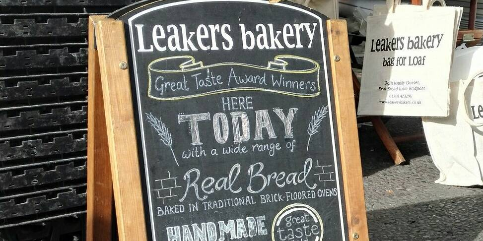 #Christchurch Monday Market is on today! Pick up some #local produce @LeakersBakery