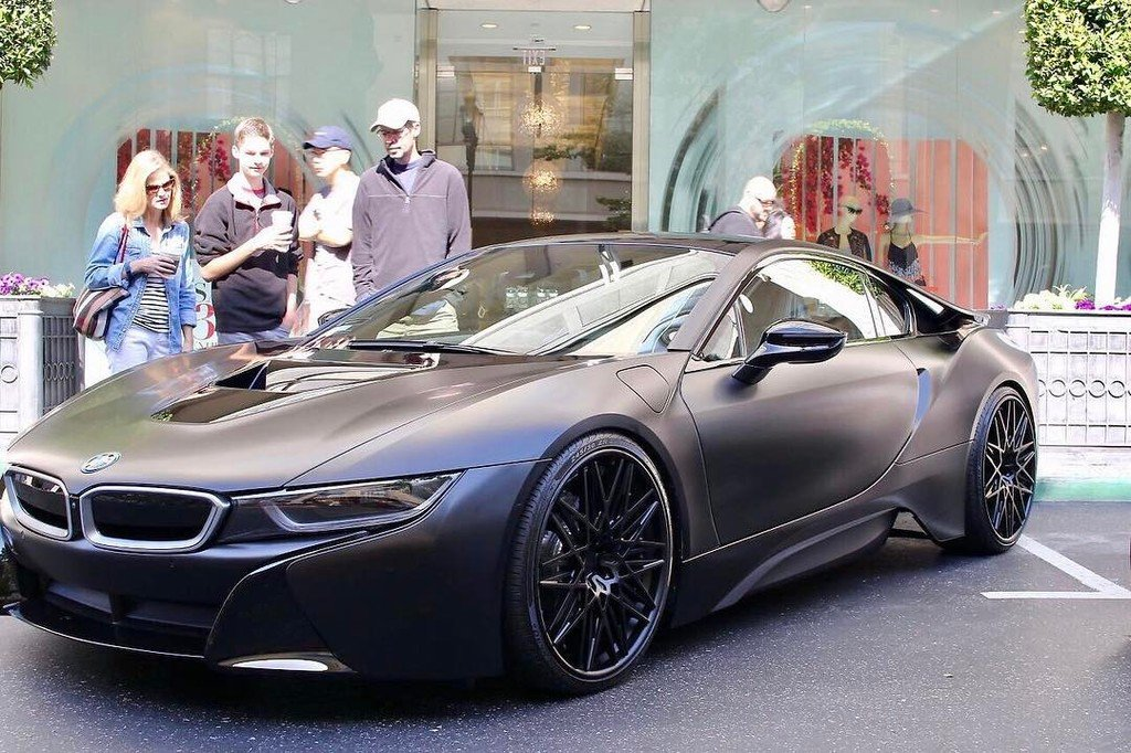 Shans On Twitter Dark Bronze Grey Wrapped Bmw I8 Very Different