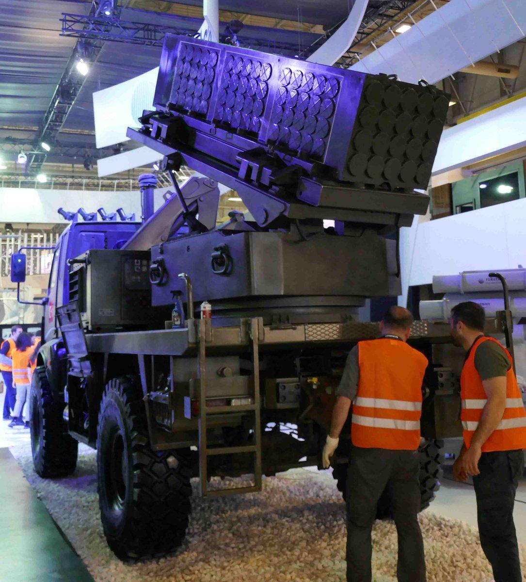 معرض الصناعات الدفاعية الدولي IDEF-17 ينطلق في إسطنبول.....تغطيه مصوره  C_TodEPW0AAd8fR