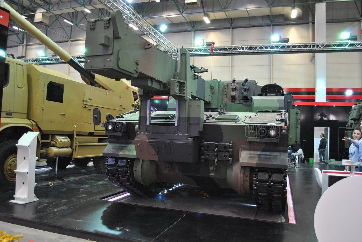 معرض الصناعات الدفاعية الدولي IDEF-17 ينطلق في إسطنبول.....تغطيه مصوره  C_TroRuXoAEiX9t