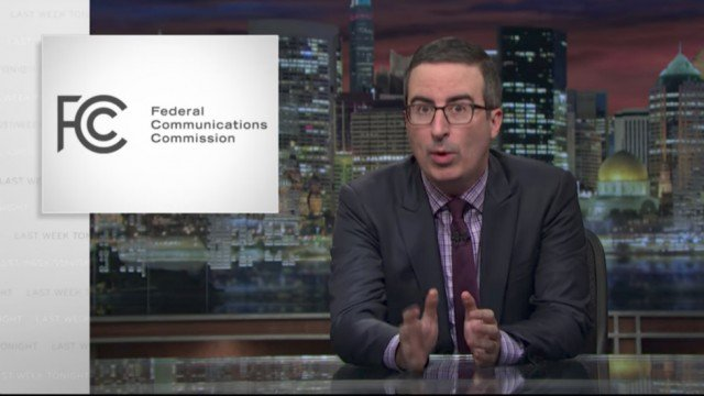FCC site crashes after John Oliver tells viewers to comment on net neutrality https://t.co/8y0wdkcrAV
