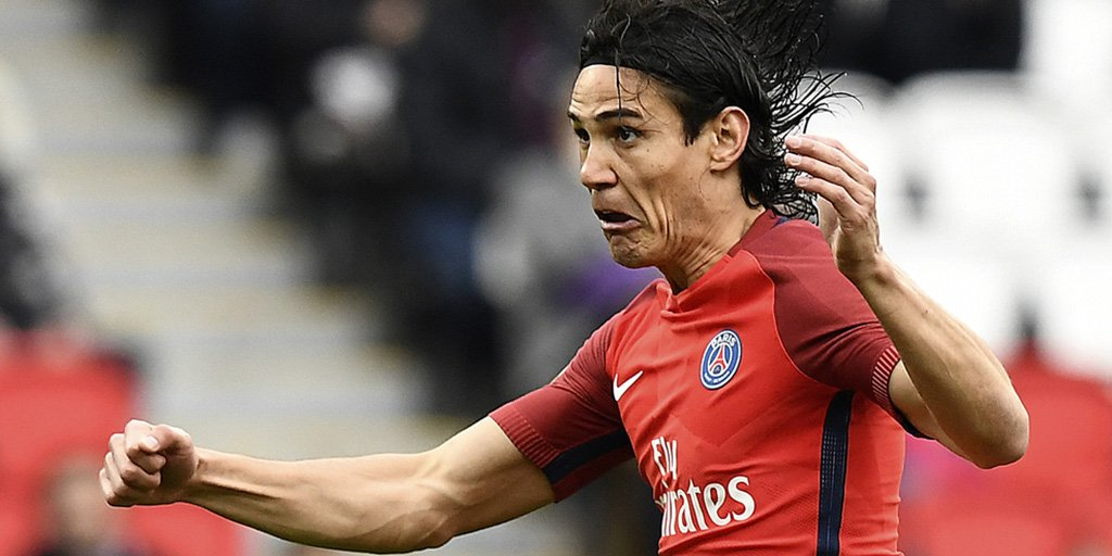.@ECavaniOfficial brought his season&#39;s league goal tally to 33 with a brace to help @PSG_English thrash @SCBastia 5-0 #PSGSCB #Ligue1<br>http://pic.twitter.com/Y9vj22l3HI
